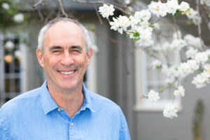Dr. David Hanscom informal 2